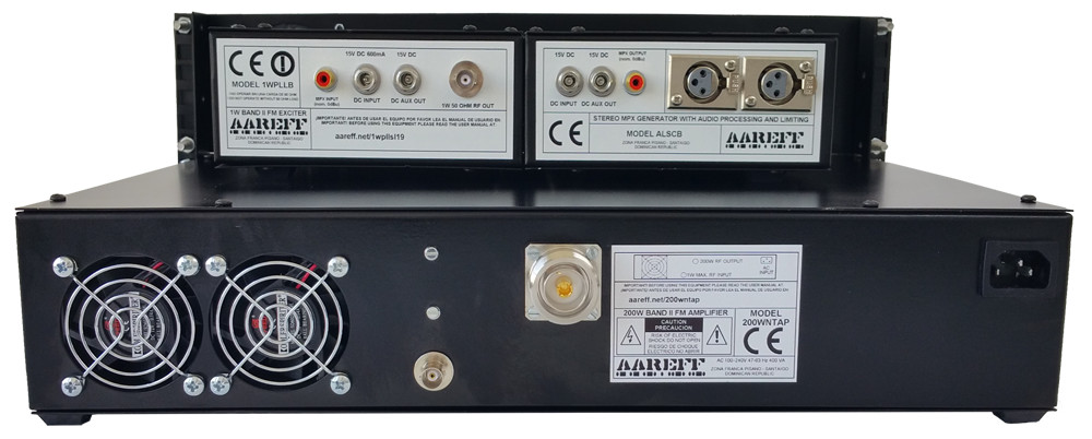 aareff-7-16-din-and-xlr-connectors-on-200W-transmitter